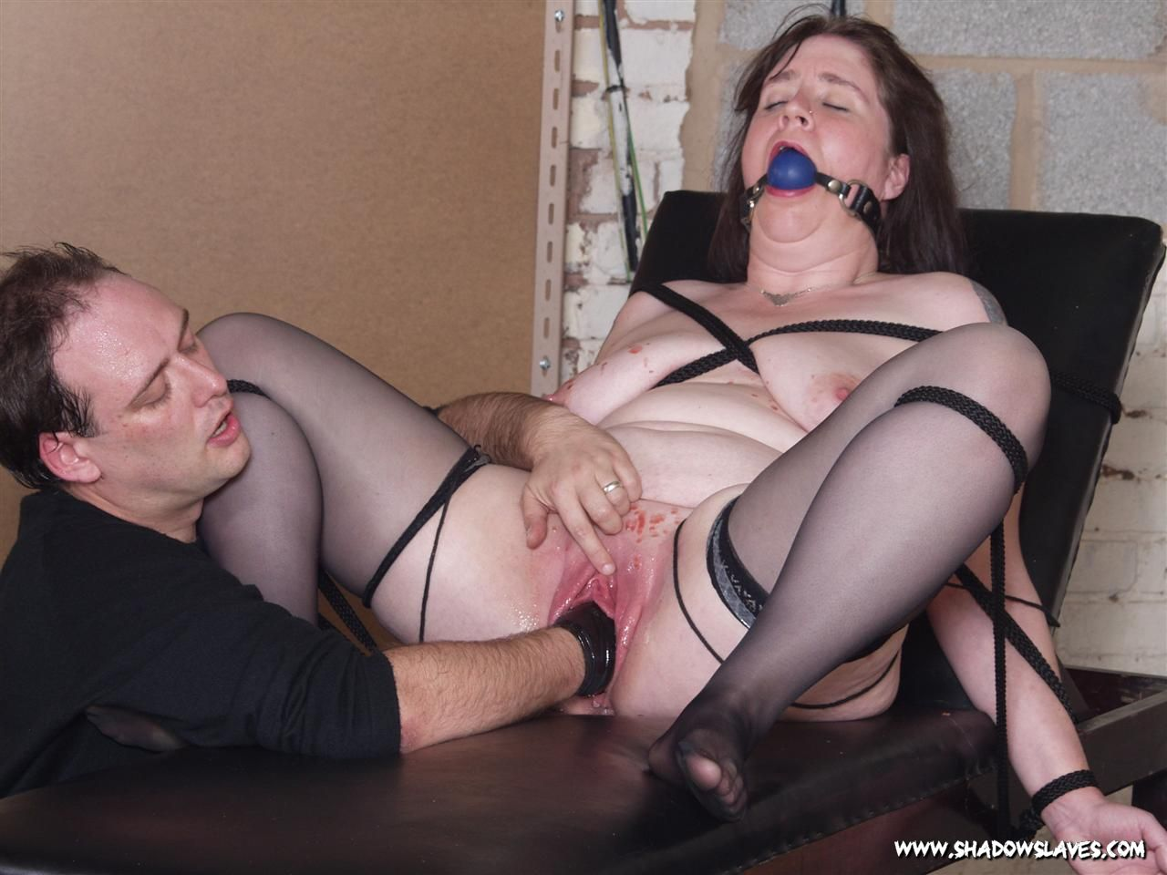 Ballgagged punished sub all tied up on the fl 4