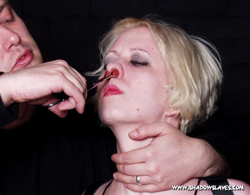 Humiliation Nose bdsm facial