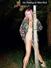 Mature public park flashing at night and blondes nude sightseeing from UK Flashers